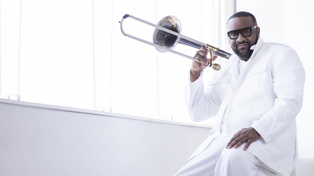 "Jeff Bradshaw ""Stronger"" The Italian Soul"